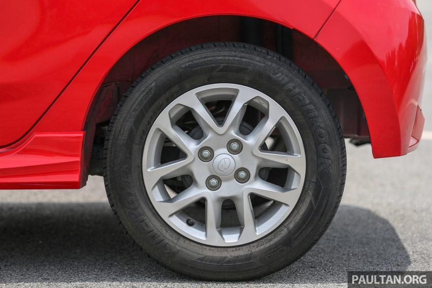 兄弟阋墙: Perodua Bezza vs Axia, Sedan对Hatchback! Image #5927