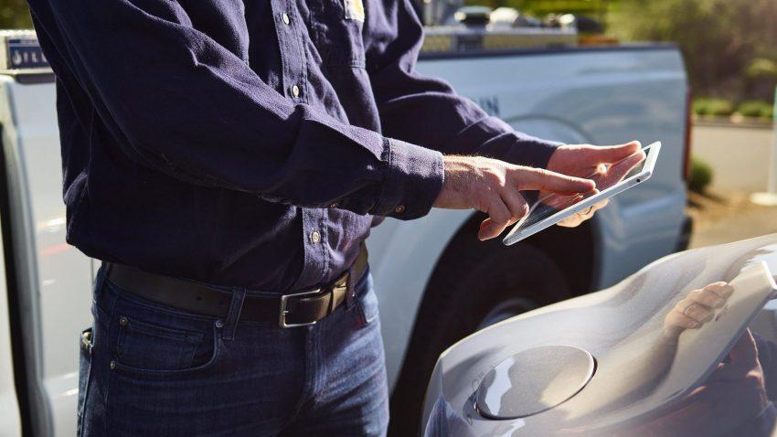 有钱就是拽!Bentley为美国加州车主推介上门添油服务。 Image #9234