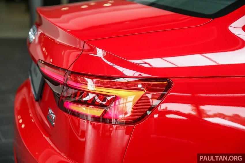 新车图集:全新 Audi A4 1.4 TFSI 与 2.0 TFSI Quattro。 Image #25326