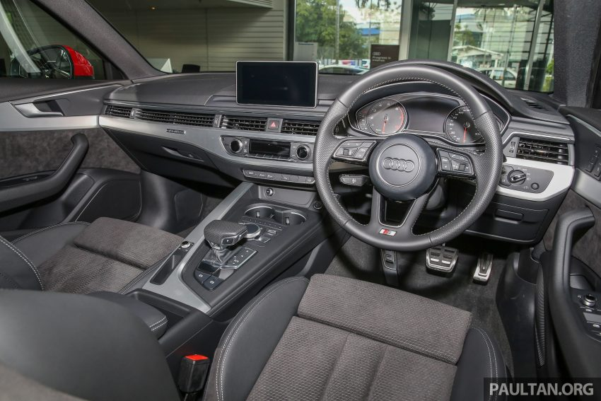 新车图集:全新 Audi A4 1.4 TFSI 与 2.0 TFSI Quattro。 Image #25351