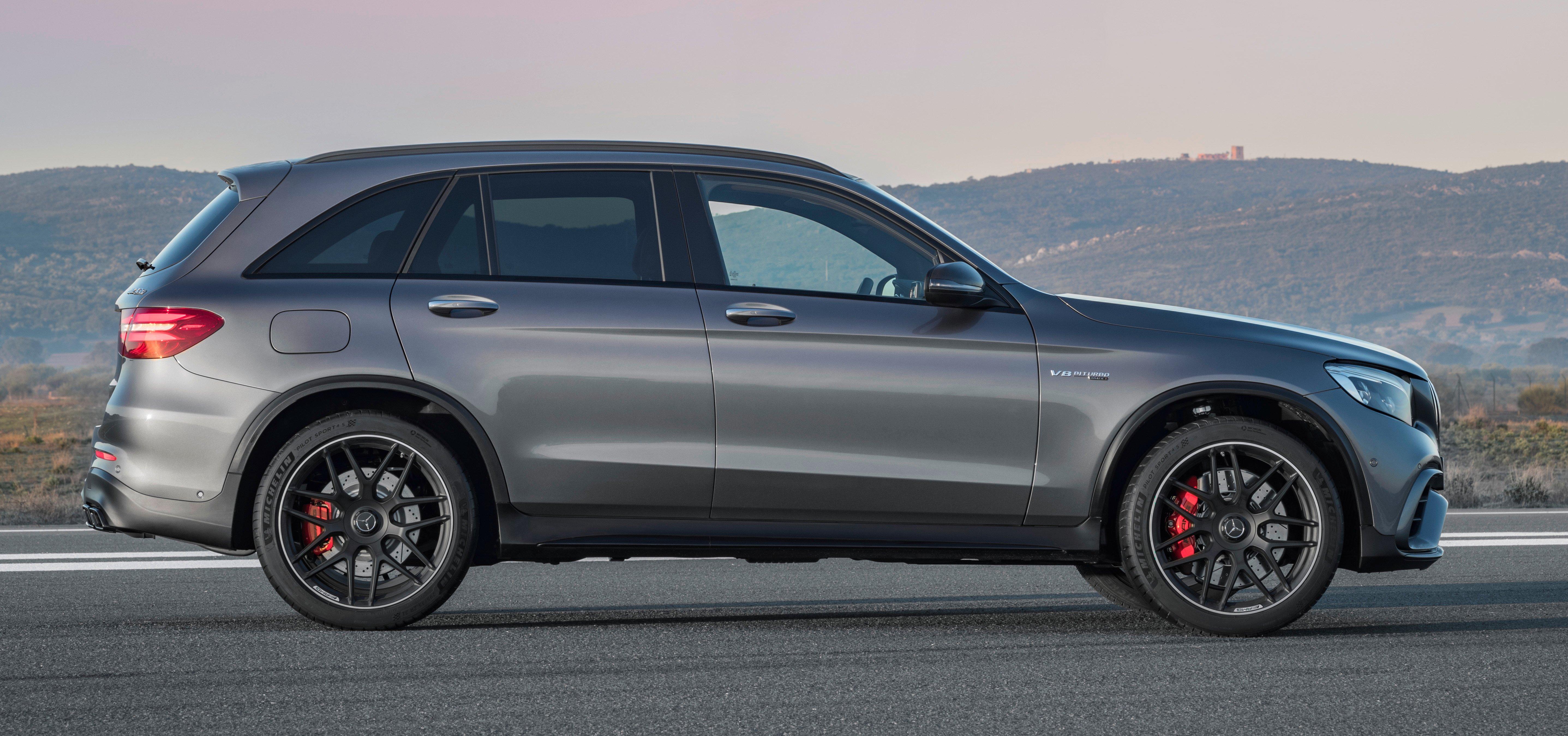 S 63 Amg 2017 >> 新Mercedes-AMG GLC 63系列三款车即将亮相纽约车展。 Mercedes-AMG GLC 63 S 4MATIC+, 2017 - Paul Tan 汽车资讯网