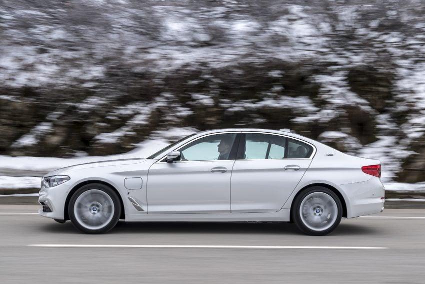 图集:G30 BMW 530e iPerformance,原厂公布规格! Image #28081