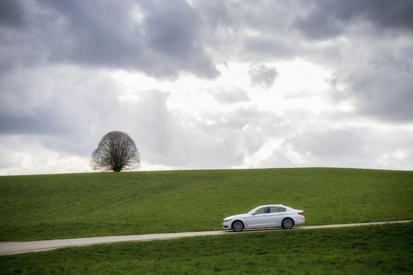 图集:G30 BMW 530e iPerformance,原厂公布规格! Image #28087