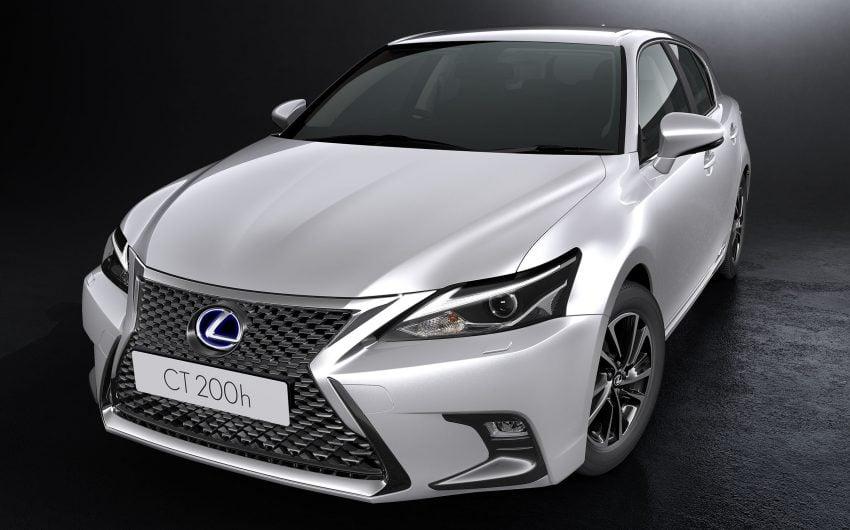 Lexus CT 200h 再次小改款,主被动安全配备更丰富。 Image #33012