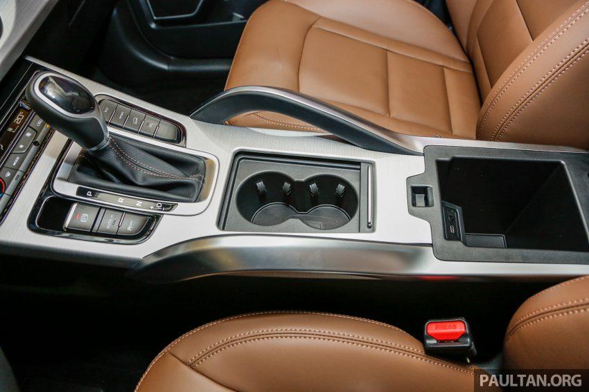 DRB-Hicom 与吉利签约现场,吉利博越 SUV 公开展示。 Image #33953