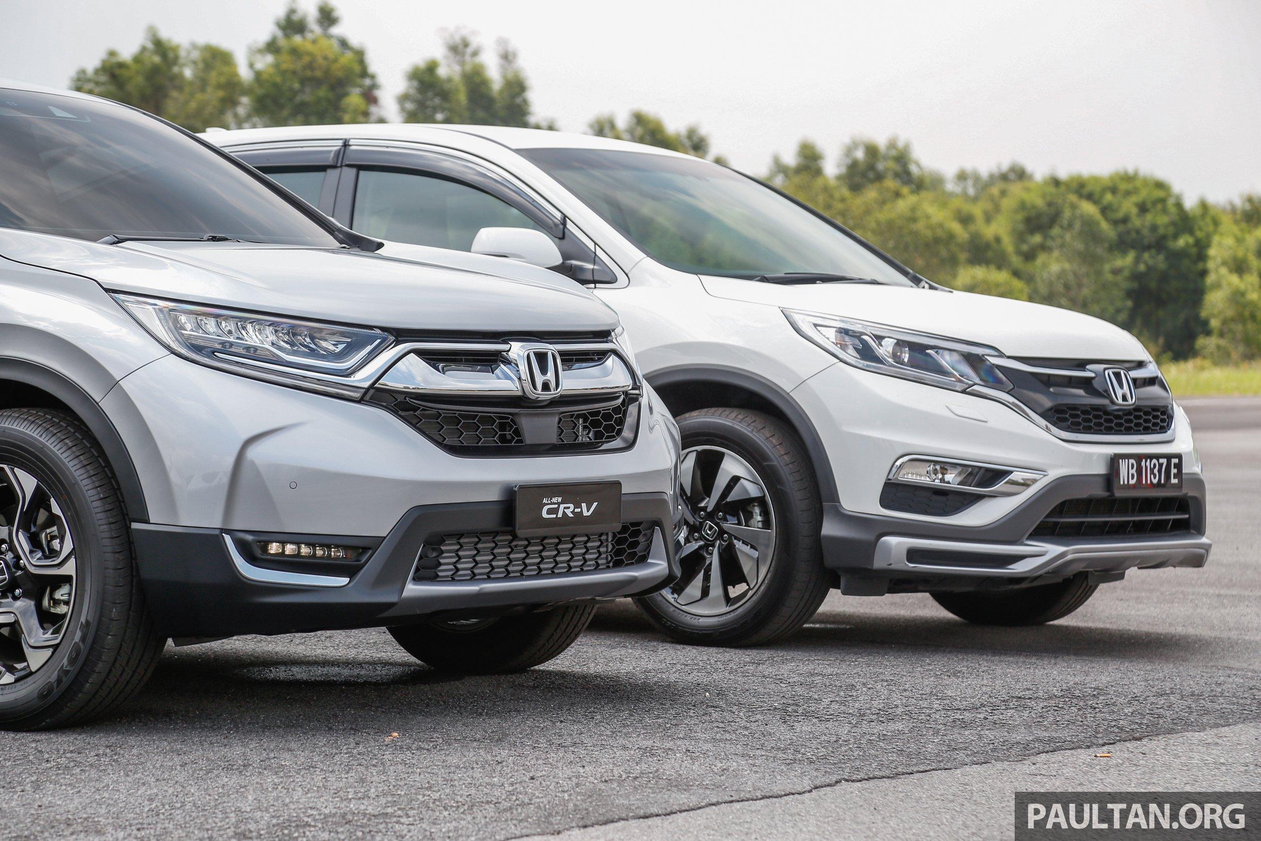 汽车图集:honda Cr V 四代和五代新旧车型外观对比。 Honda Cr V Newvsold 2