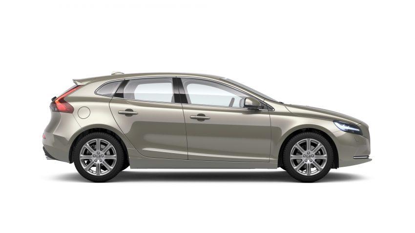 2017 Volvo V40 小改款本地面市, 价格不变, 售18万令吉。 Image #33276