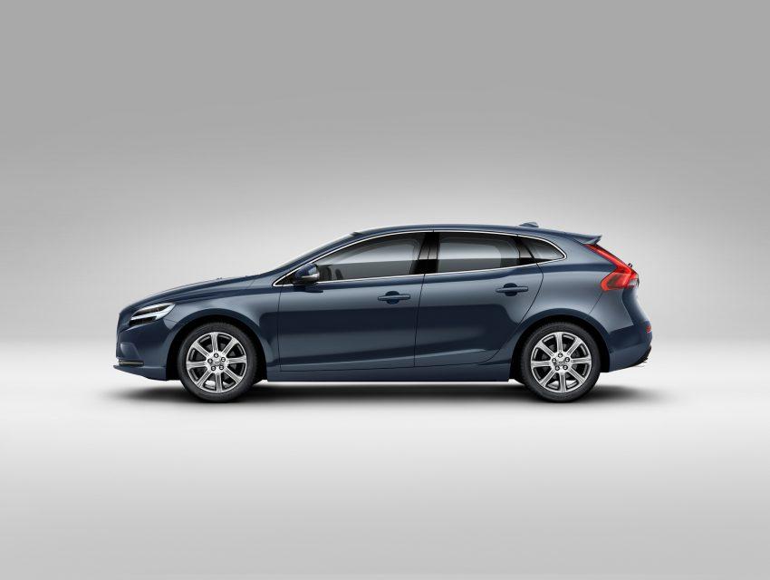 2017 Volvo V40 小改款本地面市, 价格不变, 售18万令吉。 Image #33271