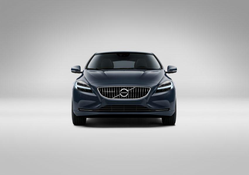 2017 Volvo V40 小改款本地面市, 价格不变, 售18万令吉。 Image #33273