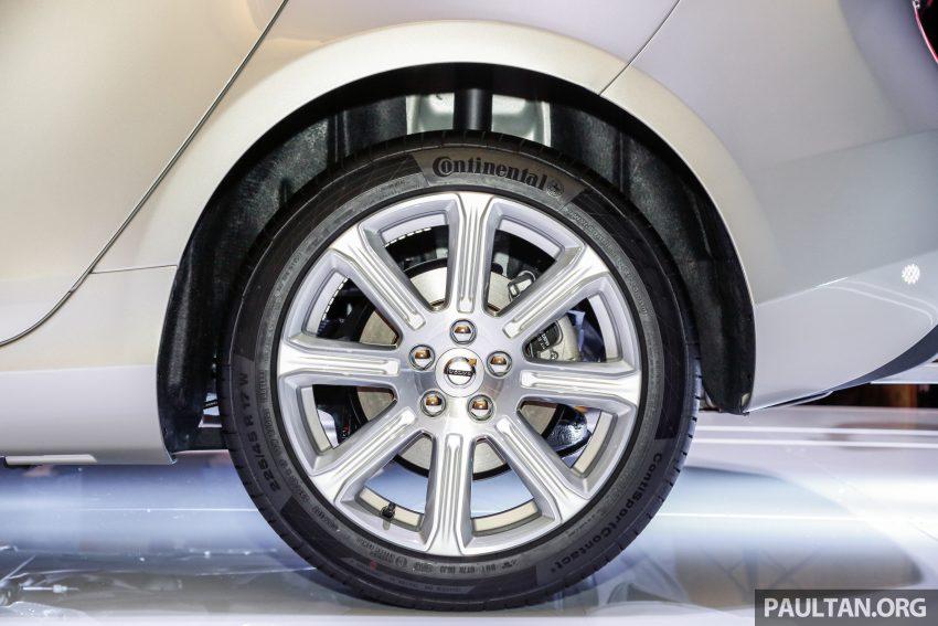 2017 Volvo V40 小改款本地面市, 价格不变, 售18万令吉。 Image #33310