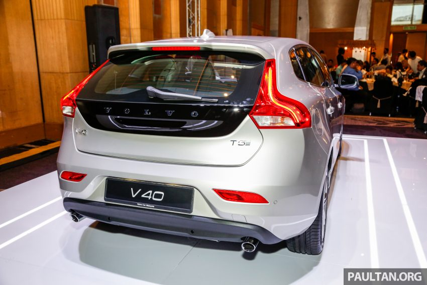 2017 Volvo V40 小改款本地面市, 价格不变, 售18万令吉。 Image #33296