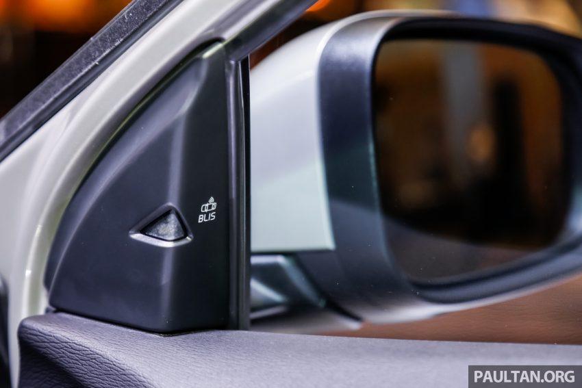 2017 Volvo V40 小改款本地面市, 价格不变, 售18万令吉。 Image #33345