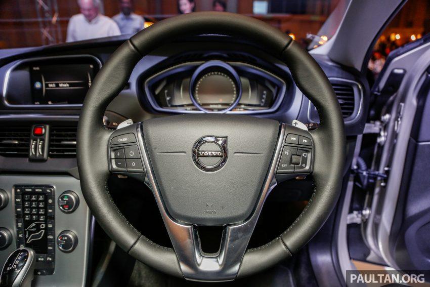 2017 Volvo V40 小改款本地面市, 价格不变, 售18万令吉。 Image #33325