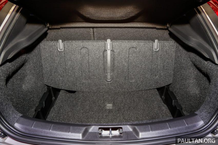 2017 Volvo V40 小改款本地面市, 价格不变, 售18万令吉。 Image #33352