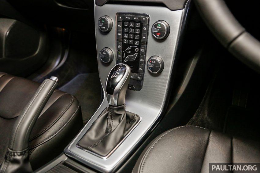 2017 Volvo V40 小改款本地面市, 价格不变, 售18万令吉。 Image #33331