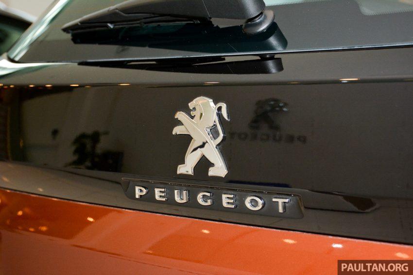 欧洲年度风云车, 2017 Peugeot 3008 亮相展销厅, 1.6升涡轮引擎, 165匹马力, 两个等级可选, 售价从RM 143K起。 Image #38876
