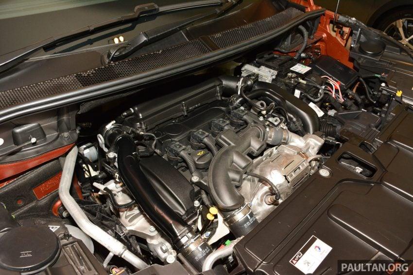 欧洲年度风云车, 2017 Peugeot 3008 亮相展销厅, 1.6升涡轮引擎, 165匹马力, 两个等级可选, 售价从RM 143K起。 Image #38884