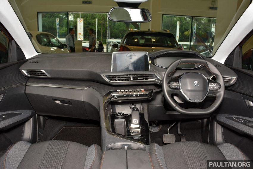 欧洲年度风云车, 2017 Peugeot 3008 亮相展销厅, 1.6升涡轮引擎, 165匹马力, 两个等级可选, 售价从RM 143K起。 Image #38886