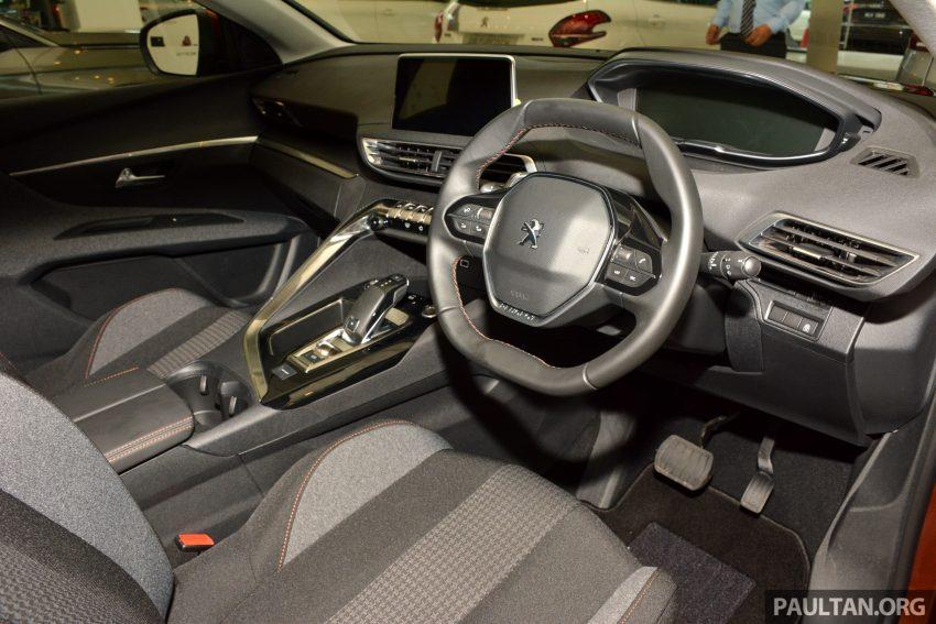 欧洲年度风云车, 2017 Peugeot 3008 亮相展销厅, 1.6升涡轮引擎, 165匹马力, 两个等级可选, 售价从RM 143K起。 Image #38891