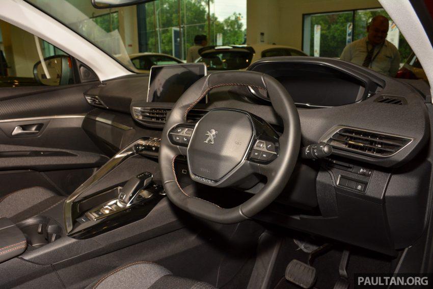 欧洲年度风云车, 2017 Peugeot 3008 亮相展销厅, 1.6升涡轮引擎, 165匹马力, 两个等级可选, 售价从RM 143K起。 Image #38892