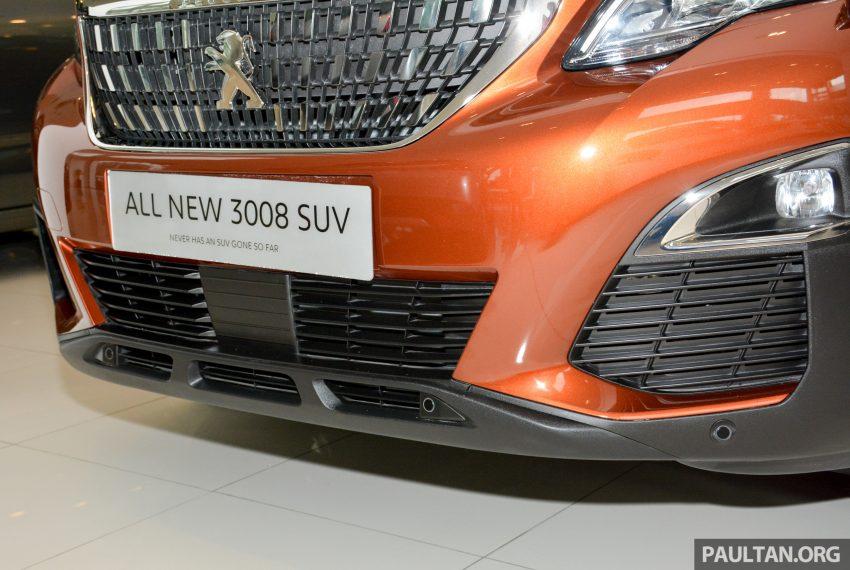 欧洲年度风云车, 2017 Peugeot 3008 亮相展销厅, 1.6升涡轮引擎, 165匹马力, 两个等级可选, 售价从RM 143K起。 Image #38870