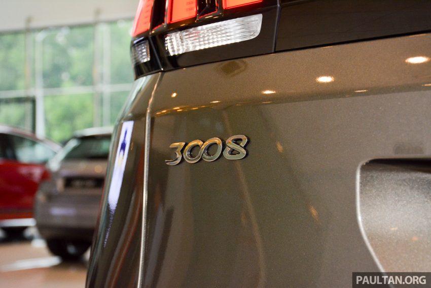 欧洲年度风云车, 2017 Peugeot 3008 亮相展销厅, 1.6升涡轮引擎, 165匹马力, 两个等级可选, 售价从RM 143K起。 Image #38832