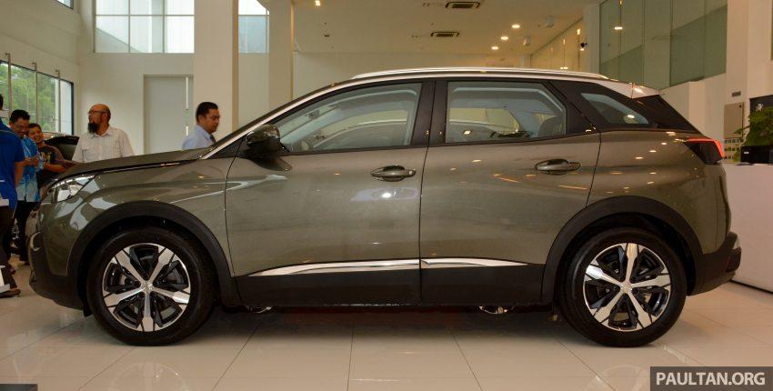 欧洲年度风云车, 2017 Peugeot 3008 亮相展销厅, 1.6升涡轮引擎, 165匹马力, 两个等级可选, 售价从RM 143K起。 Image #38819