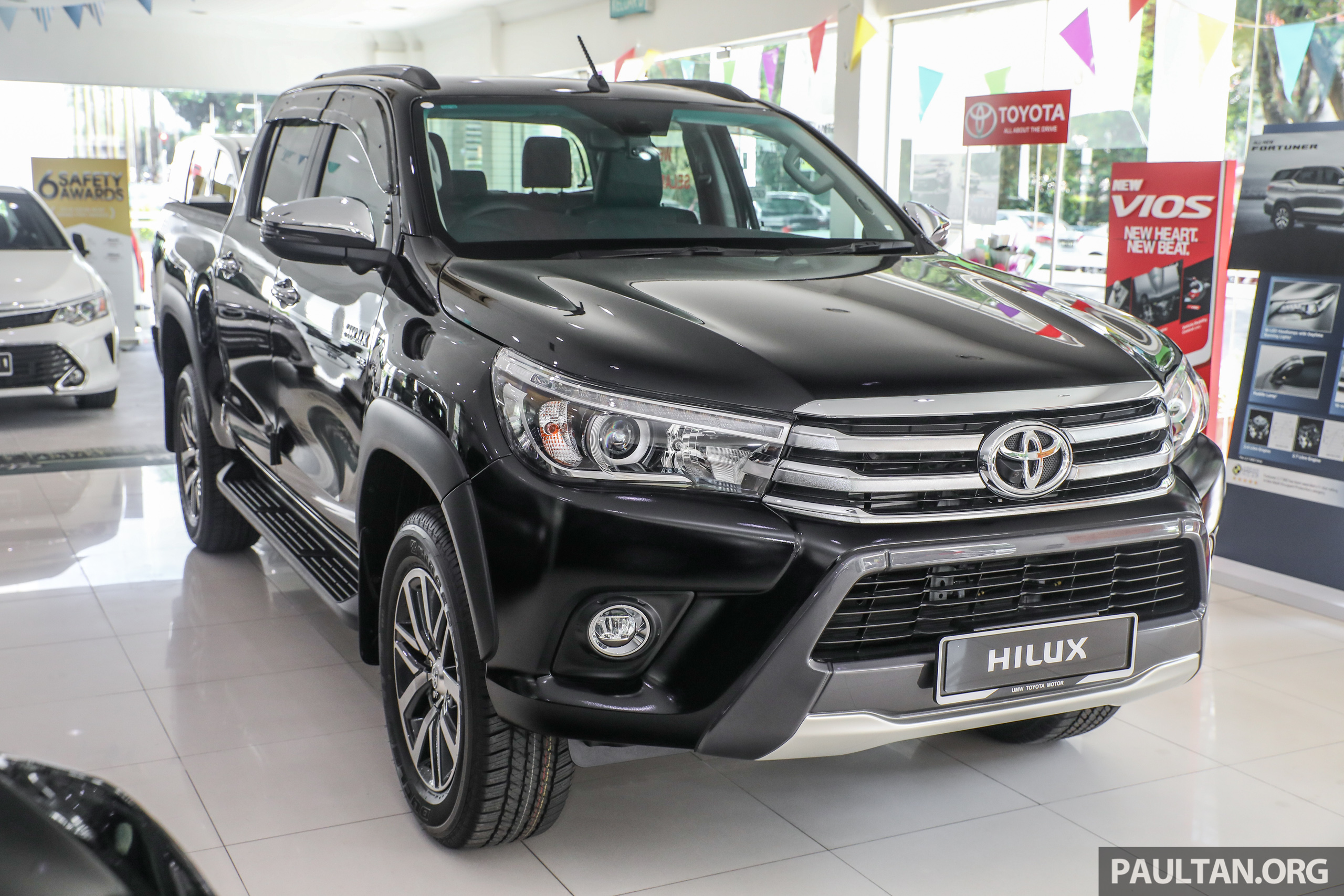 图集 Toyota Hilux 2 8g At 4x4 配备小升级 Rm 131k! Toyota Hilux