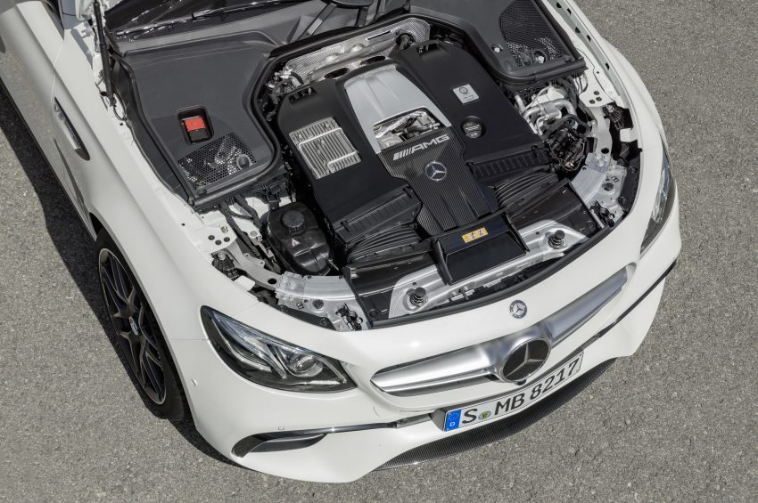 Mercedes-AMG E63 S 4Matic+ Estate, 4.0升双涡轮引擎, 612匹马力, 纽柏林跑出7分45.19秒, 夺下最速旅行车头衔! Image #48534