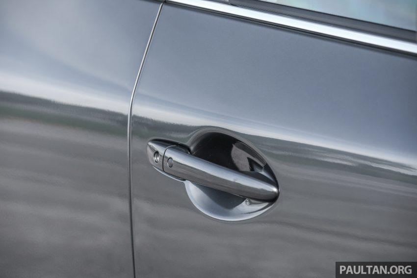 图集:Mazda CX-5 2.0 GL SkyActiv-G 2WD 与 2.2 GLS SkyActiv-D AWD, 两组实车照, 让你对比两个版本的差异。 Image #52440