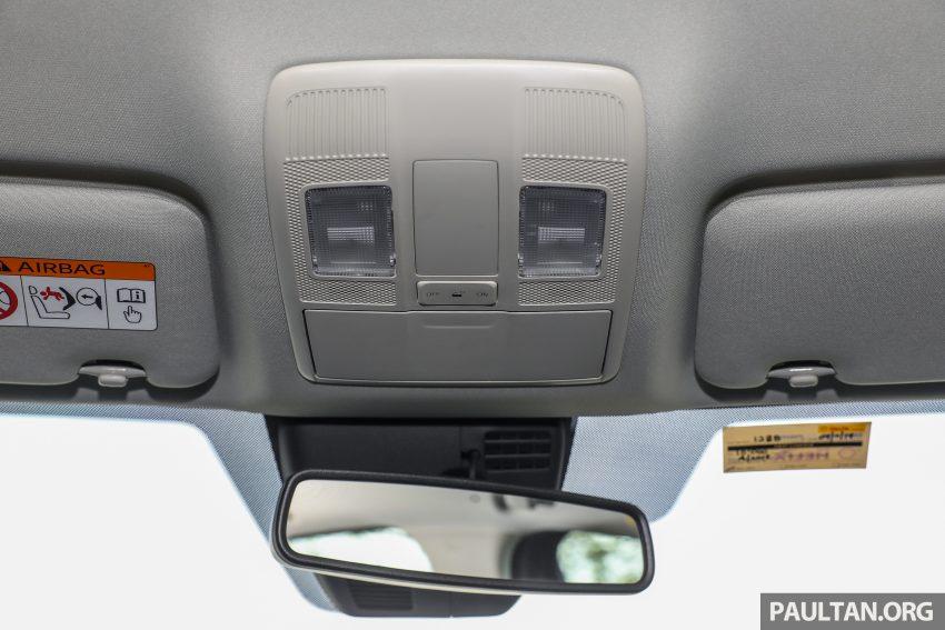 图集:Mazda CX-5 2.0 GL SkyActiv-G 2WD 与 2.2 GLS SkyActiv-D AWD, 两组实车照, 让你对比两个版本的差异。 Image #52470