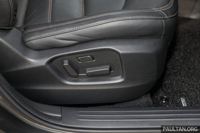 图集:Mazda CX-5 2.0 GL SkyActiv-G 2WD 与 2.2 GLS SkyActiv-D AWD, 两组实车照, 让你对比两个版本的差异。 Image #52478