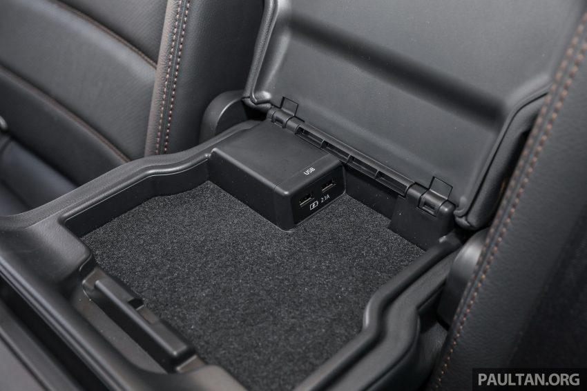 图集:Mazda CX-5 2.0 GL SkyActiv-G 2WD 与 2.2 GLS SkyActiv-D AWD, 两组实车照, 让你对比两个版本的差异。 Image #52486
