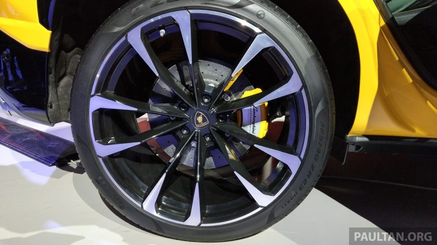 最强SUV, 超级跑旅 Lamborghini Urus 发布, 3.6秒破百! Image #51072