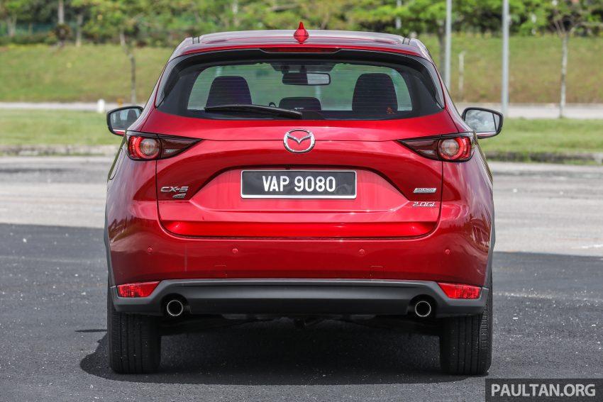 图集:Mazda CX-5 2.0 GL SkyActiv-G 2WD 与 2.2 GLS SkyActiv-D AWD, 两组实车照, 让你对比两个版本的差异。 Image #52362