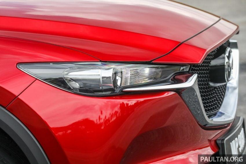 图集:Mazda CX-5 2.0 GL SkyActiv-G 2WD 与 2.2 GLS SkyActiv-D AWD, 两组实车照, 让你对比两个版本的差异。 Image #52366