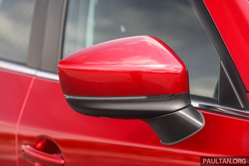 图集:Mazda CX-5 2.0 GL SkyActiv-G 2WD 与 2.2 GLS SkyActiv-D AWD, 两组实车照, 让你对比两个版本的差异。 Image #52371