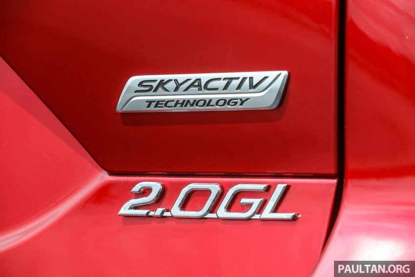 图集:Mazda CX-5 2.0 GL SkyActiv-G 2WD 与 2.2 GLS SkyActiv-D AWD, 两组实车照, 让你对比两个版本的差异。 Image #52386