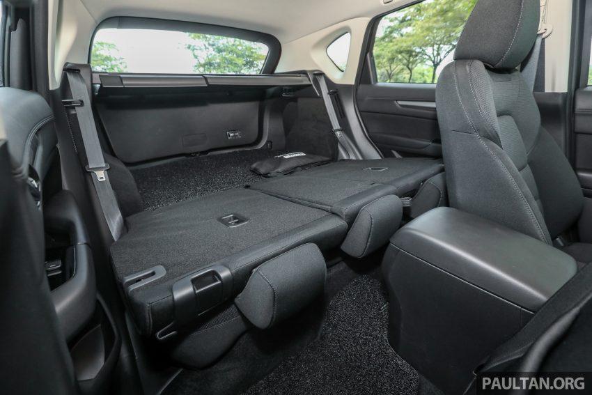 图集:Mazda CX-5 2.0 GL SkyActiv-G 2WD 与 2.2 GLS SkyActiv-D AWD, 两组实车照, 让你对比两个版本的差异。 Image #52416