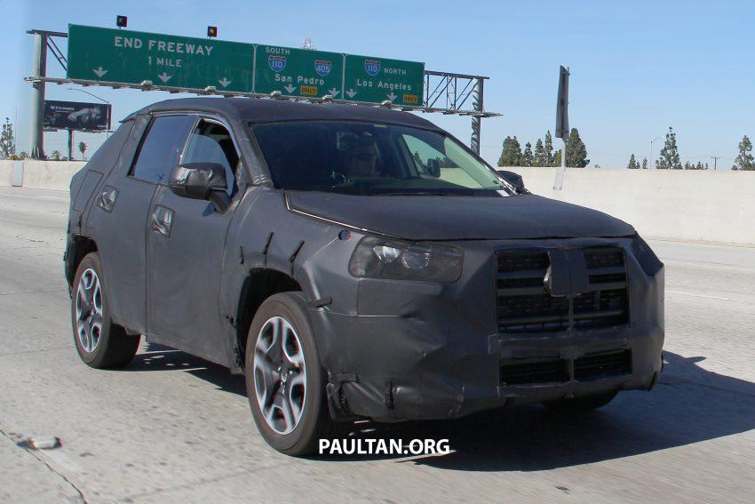 官方释出预告,2019 Toyota RAV4 即将在纽约车展亮相 Image #61371