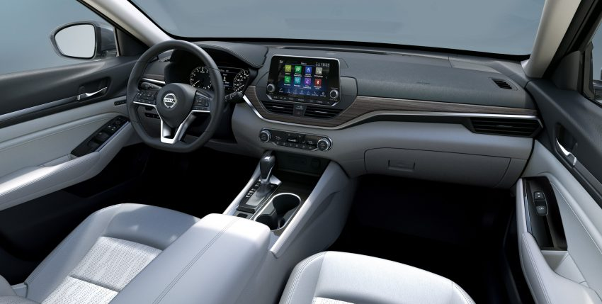 美国发布全新 Nissan Altima,搭载可变压缩比涡轮引擎 Image #64102