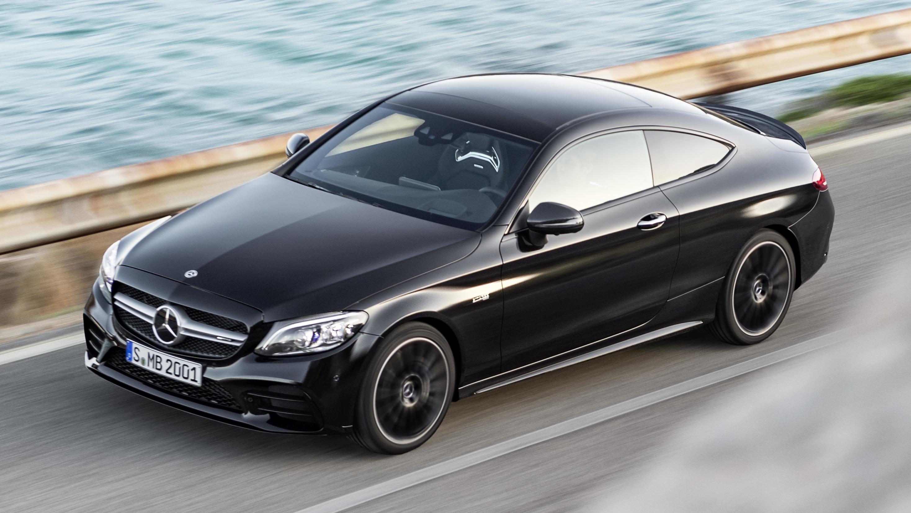 同步升级,小改款 C205 Mercedes Amg C43 4matic Coupe 以及 A205 C43