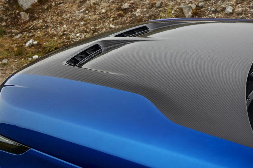 Range Rover Sport SVR 挑战中国天门山, 9分51秒征服全程11.3公里山路、99个险峻弯道, 比 Ferrari 458 Italia 更快 Image #61317