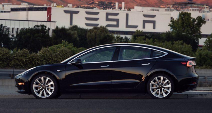 前景垂危?Tesla 第一季财报:营收增长但亏损扩大115% Image #68170