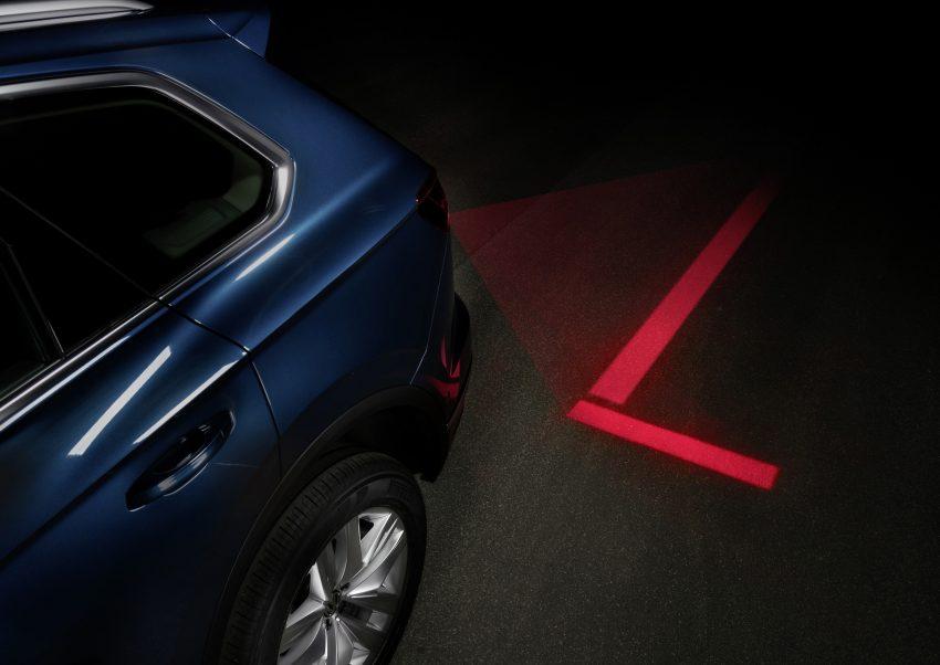 可与道路使用者交流,Volkswagen 研发智能车灯照明技术 Image #79049