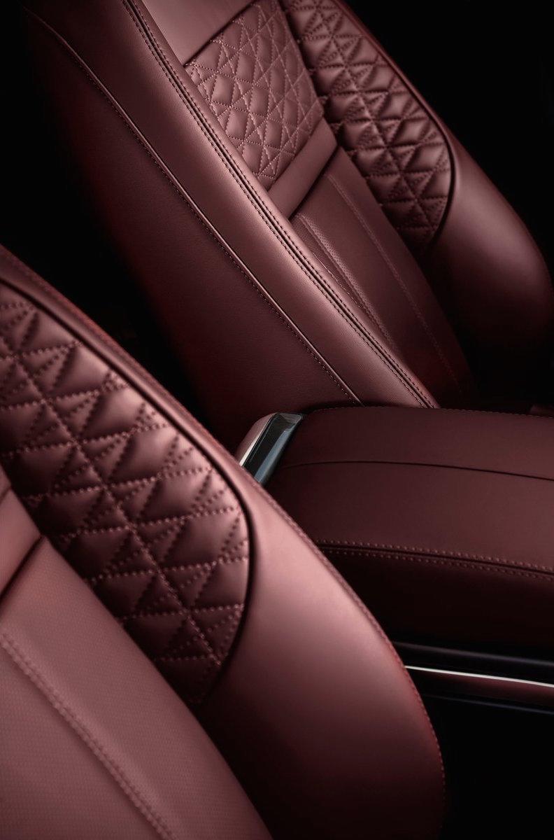 第二代 Range Rover Evoque 面世,搭载轻油电混动系统 Image #83208