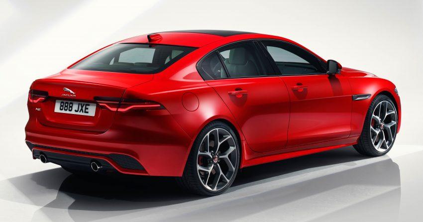 Jaguar XE 小改款发布,新引擎、外型设计再进化 Image #89063