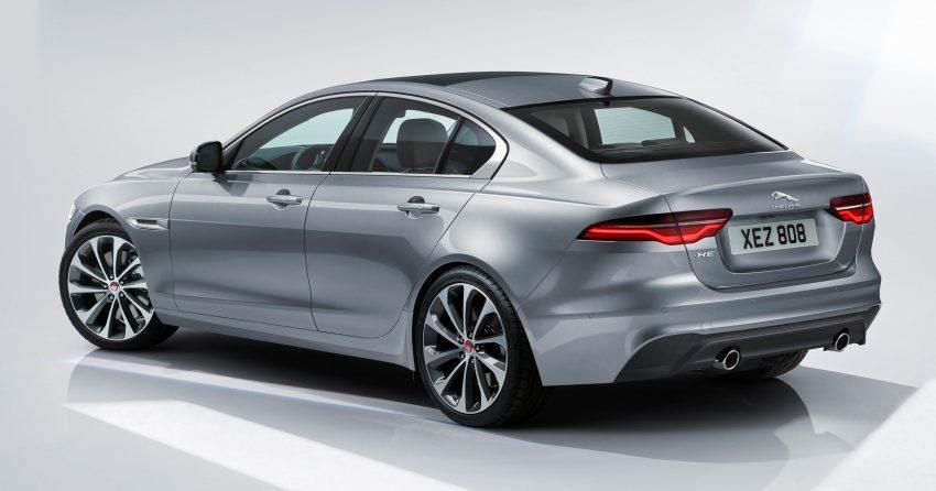 Jaguar XE 小改款发布,新引擎、外型设计再进化 Image #89067
