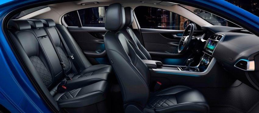 Jaguar XE 小改款发布,新引擎、外型设计再进化 Image #89092
