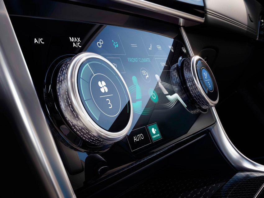 Jaguar XE 小改款发布,新引擎、外型设计再进化 Image #89094